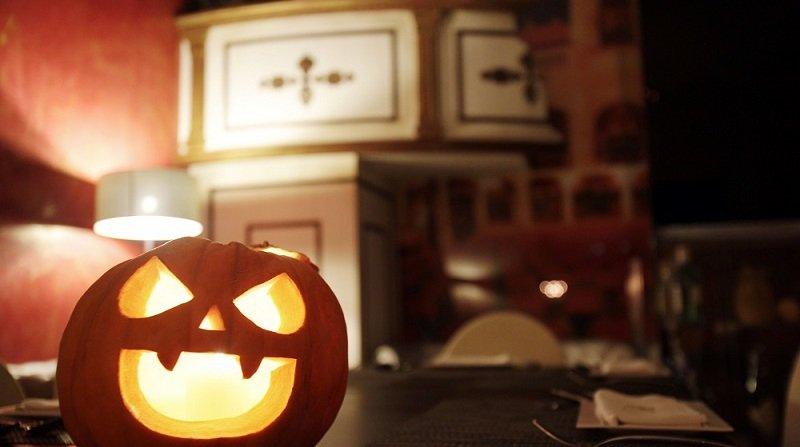 fiesta de halloween la platea granada