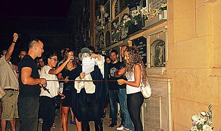 visita nocturna y teatralizada cementerio Granada